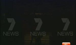 Giây phút cảnh sát đột kích quán cafe ở Sydney