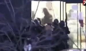 Cảnh sát Pháp đột kích tiệm tạp hóa, giải thoát con tin