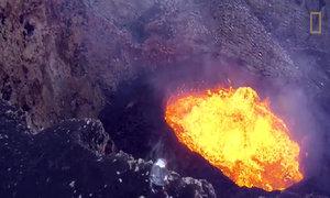 Khám phá miệng núi lửa bằng thiết bị không người lái
