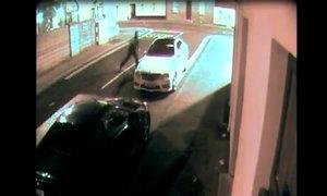 Trộm ôtô gặp họa vì 'gậy ông đập lưng ông'