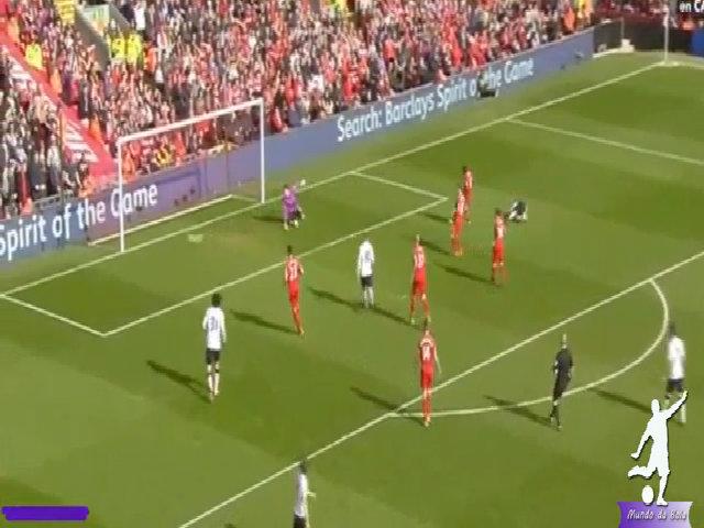 Mata ngả người móc bóng tung lưới Liverpool