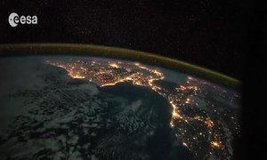 Châu Âu lung linh nhìn từ vũ trụ