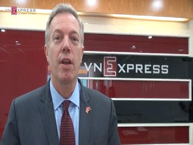 Đại sứ Mỹ trò chuyện bằng tiếng Việt tại tòa soạn báo VnExpress
