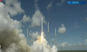 Tên lửa Mỹ chở tàu vũ trụ nổ tung sau khi cất cánh