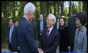 Tổng bí thư Nguyễn Phú Trọng thăm nhà riêng cựu tổng thống Bill Clinton