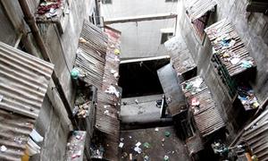 Chung cư hoang tàn nhất Sài Gòn