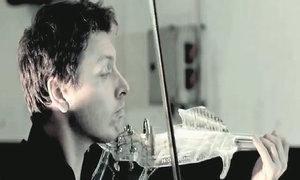 Biểu diễn trên cây vĩ cầm in 3D đầu tiên