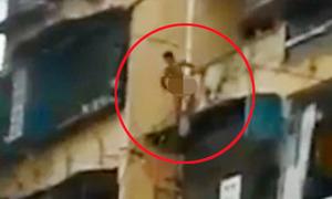 Thanh niên 'ngáo đá' khỏa thân rơi từ tầng 5 xuống đất