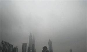 Malaysia, Singapore chìm trong khói mù do cháy rừng Indonesia