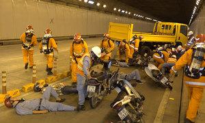 Hàng trăm người diễn tập cứu nạn trong hầm Thủ Thiêm