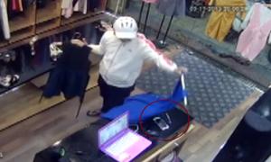 Thanh niên vờ mua váy cho bạn gái để trộm điện thoại