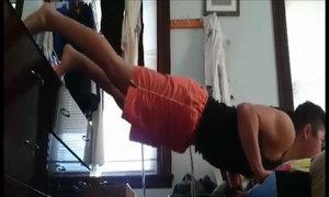 Bài tập tăng cơ bắp không cần đến phòng gym