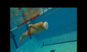 Kiểm tra bơi 100 mét chống chết đuối của hải quân Mỹ