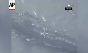 Iran triển khai UAV bay trên tàu sân bay Mỹ