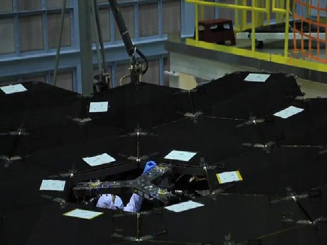 NASA sắp hoàn thành kính viễn vọng nhìn xuyên quá khứ