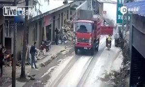 Tai nạn hi hữu tại Trung Quốc