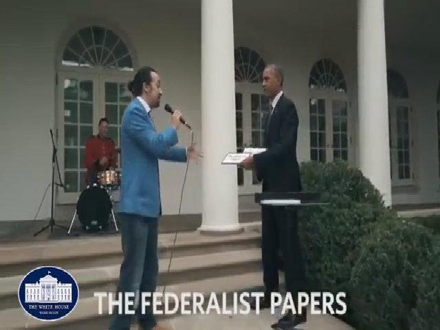 Tổng thống Obama sáng tác nhạc rap với nhà viết kịch Broadway