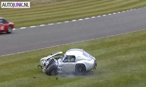 Cobra Le Mans đời 1963 gặp nạn trên đường đua