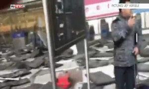 Mảnh vỡ la liệt sau vụ nổ sân bay Bỉ