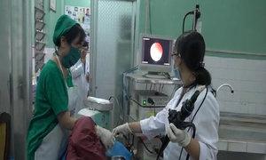 Bệnh viện trong 'rốn' mặn khát nước sạch