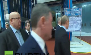 Tổng thống Putin thị sát nhà máy sản xuất tên lửa S-500