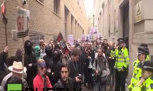 Biểu tình ở London đòi thủ tướng Anh từ chức