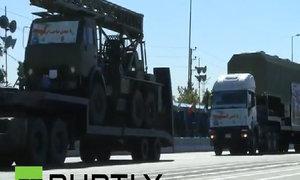 Iran phô trương sức mạnh quân sự trong lễ diễu binh