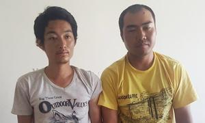 Hai người Trung Quốc cướp ôtô bằng súng nhựa