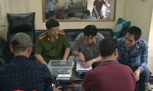 Cảnh sát hình sự  'sờ gáy' nhiều tiệm cầm đồ