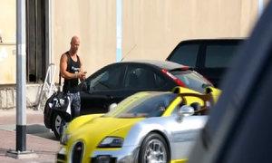 Bugatti Veyron chạy Uber tại Dubai