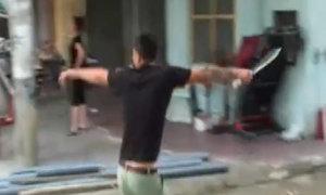 Hàng chục côn đồ truy sát cả gia đình ở Phú Thọ