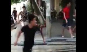 Hàng chục côn đồ xăm trổ truy sát một gia đình ở Phú Thọ