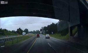 Hiểm họa khôn lường trên cao tốc