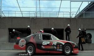 Màn thay lốp thảm họa của đội đua F1