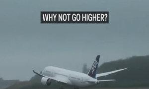 Vì sao máy bay chở khách thường bay ở độ cao 10.700 m