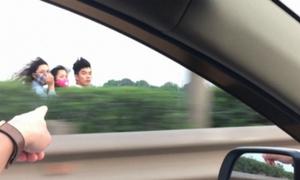 3 thanh niên chạy xe máy ngược chiều trên làn ôtô cao tốc
