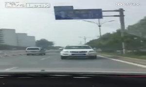Lái xe ôtô lùi như tiến