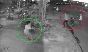 Video nhân viên ném chai bia cứu chủ quán khỏi côn đồ xem nhiều tuần qua
