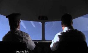 Cơ trưởng trả giá vì đùa cợt trong lúc bay