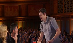 Màn ảo thuật với rubik khiến giám khảo ngỡ ngàng