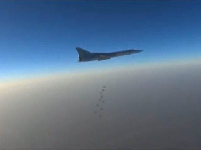6 oanh tạc cơ Nga dội bom phá hủy hai đồn chỉ huy IS