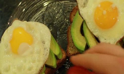 3 bữa ăn sáng bổ dưỡng thực hiện