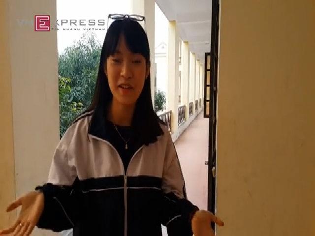 Cô gái bắt chước 7 thứ tiếng đỗ hai trường đại học