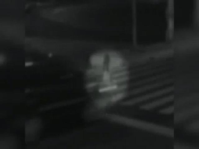 Bóng trắng nghi là hồn ma thiếu nữ bị ôtô xuyên qua