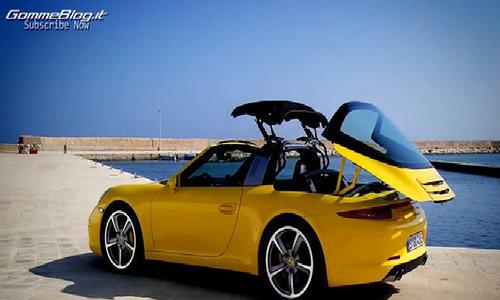 Porsche 911 Targa đóng mở mui