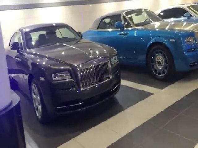 Hầm để xe toàn Rolls-Royce