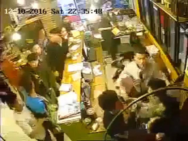 Nhóm thanh niên quỵt' tiền ăn, đánh nữ nhân viên thu ngân nhập viện