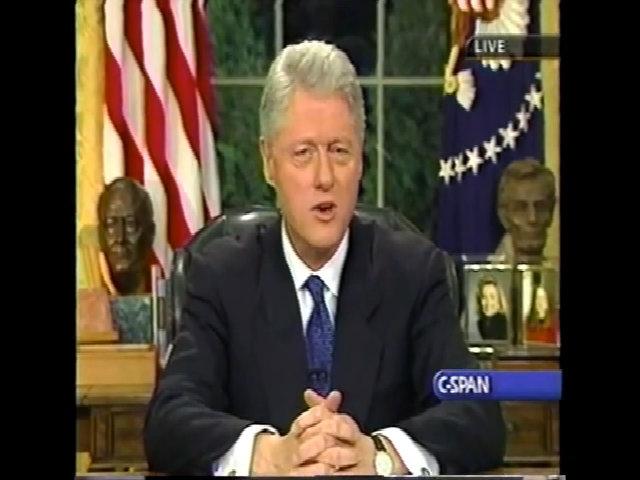 Bill Clinton phát biểu chia tay năm 2001