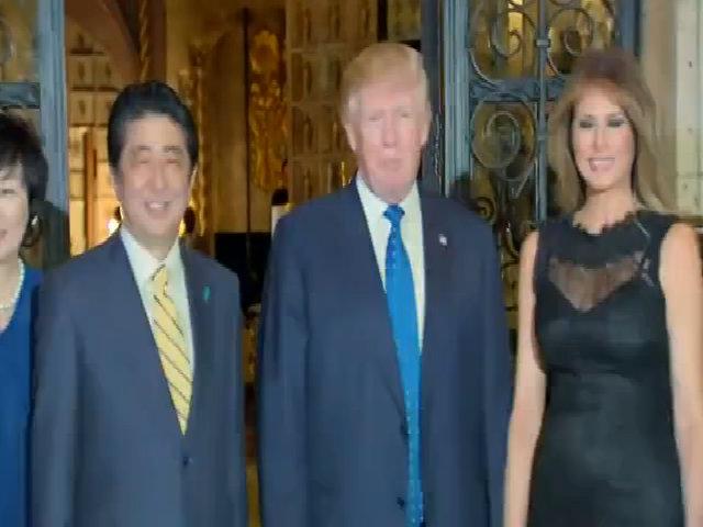 Vợ chồng Trump và Abe ăn tối cùng nhau
