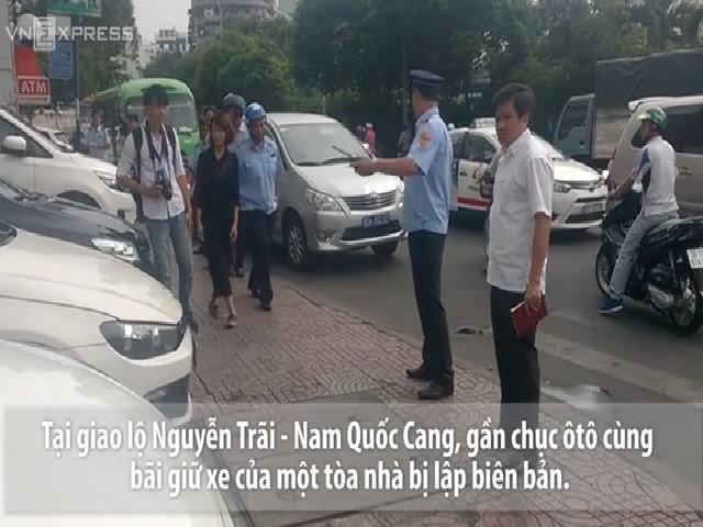 Lãnh đạo quận trung tâm Sài Gòn đi đòi vỉa hè cho người đi bộ